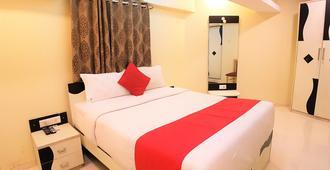 赫萨赛大公司酒店 - 孟买 - 睡房