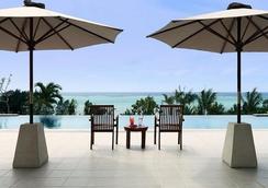 卡夫度假富着公寓酒店 - 恩纳 - 游泳池