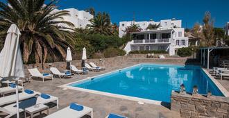 阿克罗蒂里酒店 - 帕罗奇亚 - 游泳池