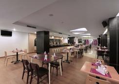 贝克西艾哈迈德亚尼最爱酒店 - 贝克西 - 餐馆