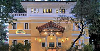 果阿凤凰园丽柏度假酒店 - 坎多林 - 建筑
