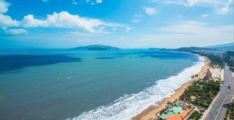 芽庄洲际酒店 - 芽庄 - 海滩