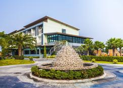 罗伊酒店 - 武里南 - 建筑