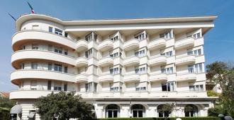 帕沃斯酒店 - 安提伯 - 建筑