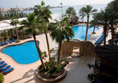 精英度假村酒店 - 麦纳麦 - 游泳池
