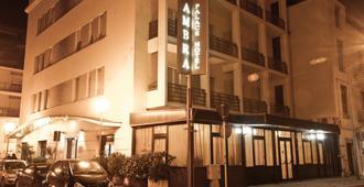 安博宫酒店 - 佩斯卡拉
