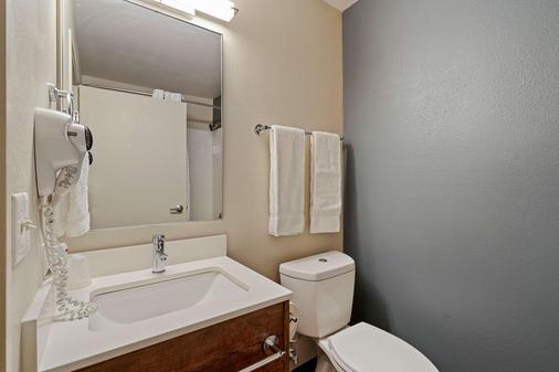 西雅图-雷蒙德美国长住酒店 - 贝尔维尤 - 浴室