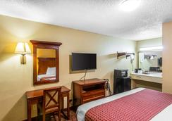 罗德威酒店 - Goodlettsville - 睡房
