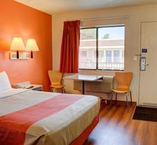 奥勒冈塞勒姆 6 号汽车旅馆