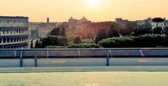 罗马中心圆形竞技场美居酒店 - 罗马 - 户外景观