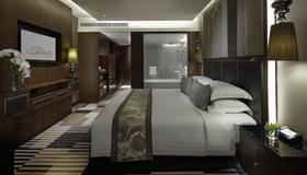 曼谷龙马大酒店 - 曼谷 - 睡房