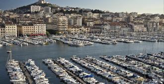 快捷假日马赛圣查尔斯酒店 - 马赛 - 户外景观