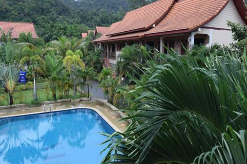 索菲亚花园度假酒店 - 象岛 - 游泳池