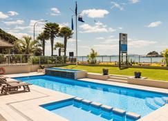 派西亚君门酒店 - 派西亚 - 游泳池