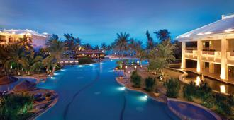 海南新国宾馆 - 海口 - 游泳池