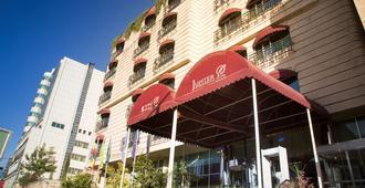 博乐朱庇特国际酒店 - 亚的斯亚贝巴