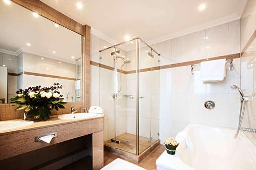 杜塞尔多夫市贝斯特韦斯特酒店 - 杜塞尔多夫 - 浴室