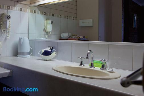 帕德韦耶汽车旅馆 - 伊丘卡 - 浴室