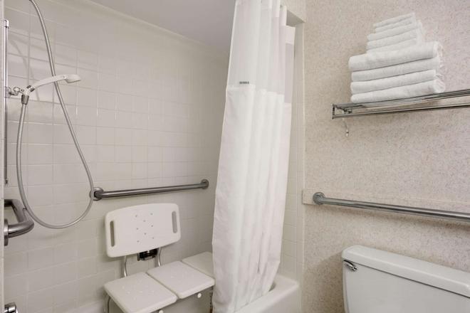 华盛顿华美达酒店 - 华盛顿 - 浴室