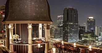 曼谷缪斯廊双酒店 - 曼谷 - 建筑