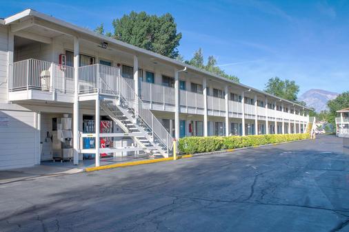 比舍普6号汽车旅馆 - 毕夏普 - 建筑