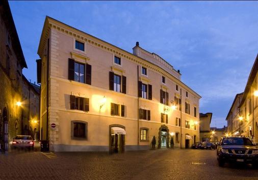 阿奎拉比安卡酒店 - 奥维多 - 建筑