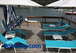 格尔尼伍尔泽酒店 - 沃尔特湖畔韦尔登 - 海滩