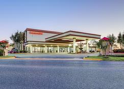 梅塔里新奥尔良机场华美达酒店 - 梅泰里 - 建筑