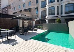 加泰罗尼亚格拉西亚帕赛格酒店 - 巴塞罗那 - 游泳池