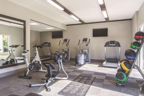 亚特兰大普瑞米特医疗中心拉金塔套房酒店 - 亚特兰大 - 健身房