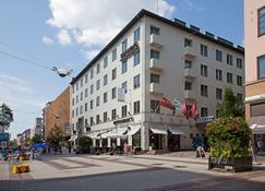 图尔库斯堪迪克广场酒店 - 图尔库 - 建筑