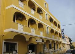 里佩拉吉耶酒店 - 兰佩杜萨 - 建筑