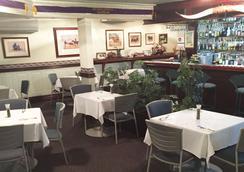 贝斯特威斯特恩牧畜城汽车旅馆 - 洛坎普顿 - 餐馆