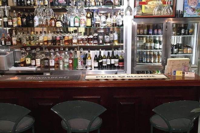 贝斯特威斯特恩牧畜城汽车旅馆 - 洛坎普顿 - 酒吧