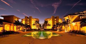 格雷斯湾托斯卡纳酒店 - 普罗维登西亚莱斯岛