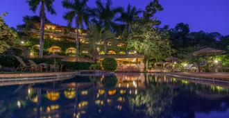 坎托达斯阿瓜斯酒店 - 伦索伊斯
