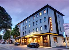门兴格拉德巴赫蒙大拿酒店 - 门兴格拉德巴赫 - 建筑