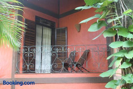 维拉吉奥阿西斯旅馆 - 伊利亚贝拉 - 阳台