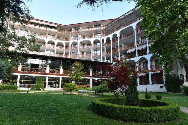 艾斯特里亚宫酒店 - 圣君士坦丁和海伦那 - 建筑