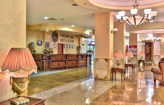 艾斯特里亚宫酒店 - 圣君士坦丁和海伦那 - 柜台