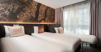 总理西方酒店 - 伦敦 - 睡房