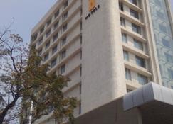 维沙卡帕特南关键精选 - 柠檬树酒店 - 維沙卡帕特南 - 建筑