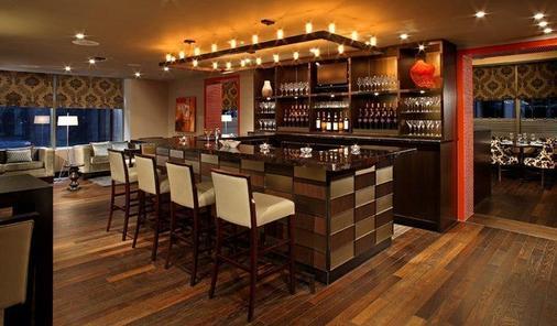 多伦多剑桥套房酒店 - 多伦多 - 酒吧