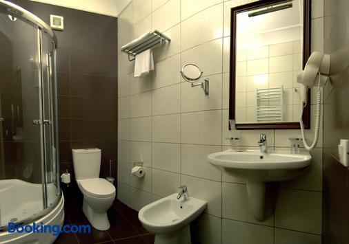 罗萨别墅酒店 - 基希訥烏 - 浴室