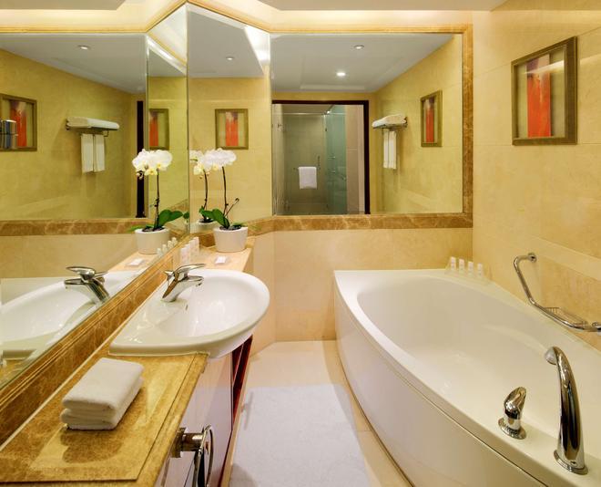 上海新世界丽笙大酒店 - 上海 - 浴室