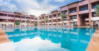 帕拉迪索俱乐部式酒店 - 马拉喀什 - 游泳池