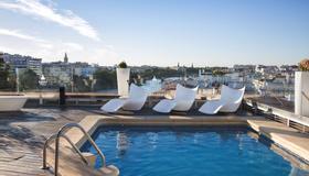 里贝拉特里亚纳酒店 - 塞维利亚 - 游泳池