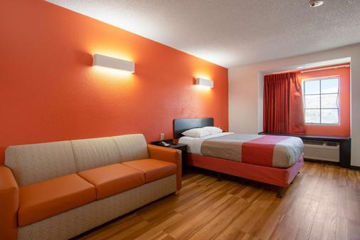 埃尔帕索东南6号汽车旅馆 - 埃尔帕索 - 睡房