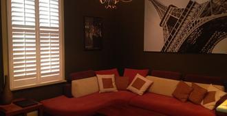 珀斯露台中央住宿和早餐酒店 - 弗里曼特尔 - 客厅