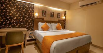 阿斯特尔东方酒店 - 孟买 - 睡房